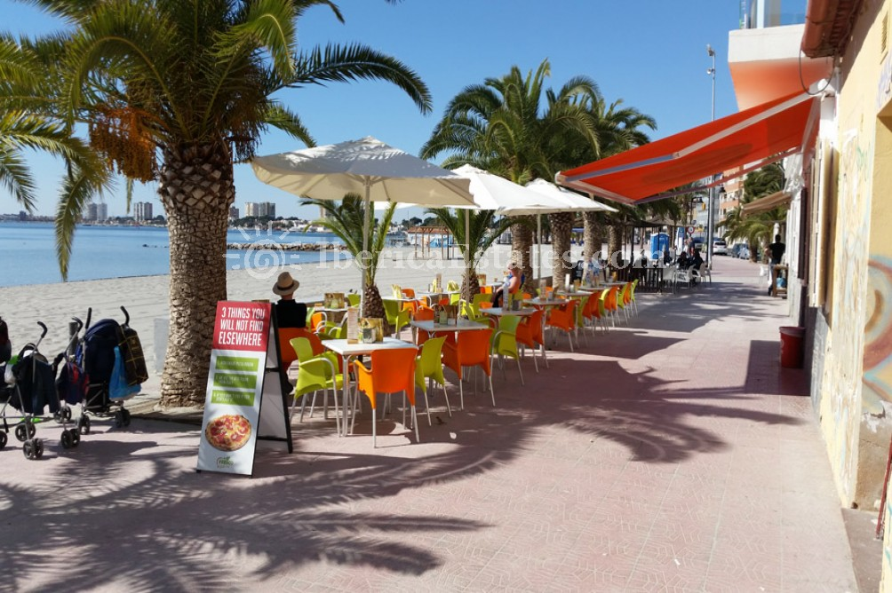 san pedro del pinatar single women The sea-side town of san pedro del pinatar, on spain's murcia coast, plans to introduce hefty fines for nudism, riding bikes and even playing.